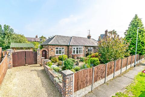 4 bedroom detached bungalow for sale - Francis Road, Stockton Heath, Cheshire