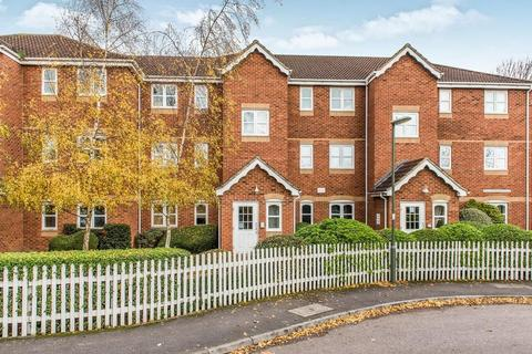 2 bedroom apartment to rent - Woodfield Road, Thames Ditton