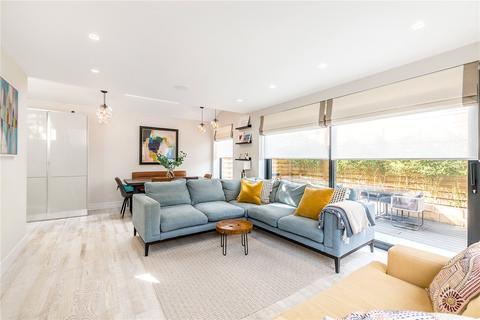 4 bedroom semi-detached house for sale - Upland Road, East Dulwich, London, SE22