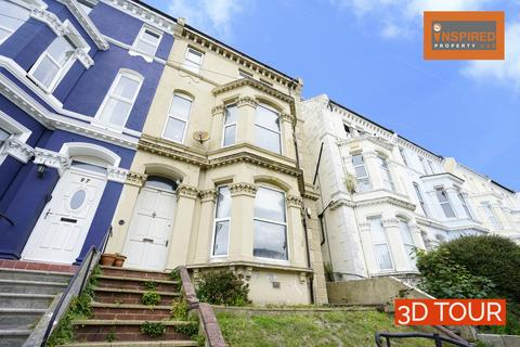 6 bedroom semi-detached house for sale - Braybrooke Road, Hastings