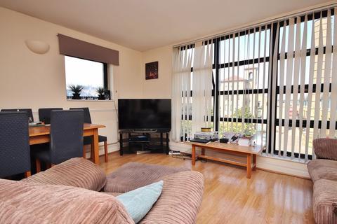 2 bedroom apartment to rent - Burrells Wharf Square, London