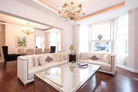 3 bedroom apartment to rent - Hans Crescent, Knightsbridge, London, SW1X