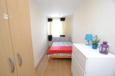 1 bedroom flat share to rent - Westferry Road, London, E14 8SS