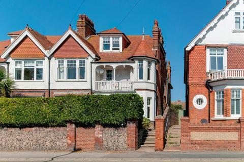 2 bedroom flat for sale - Sutton Park Road, Seaford, East Sussex, BN25 1SJ