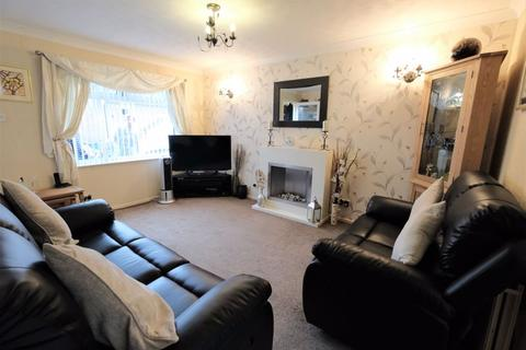 3 bedroom semi-detached house for sale - Pendlecroft Avenue, Swinton, Manchester