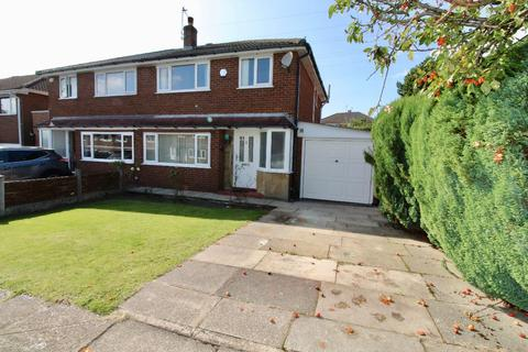 3 bedroom semi-detached house to rent - Linnell Drive, Rochdale