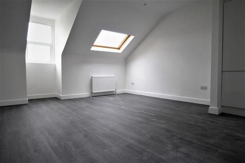 Studio to rent - Portland Road, Hove, BN3