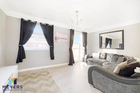 3 bedroom terraced house for sale - Puddletown Crescent, Poole