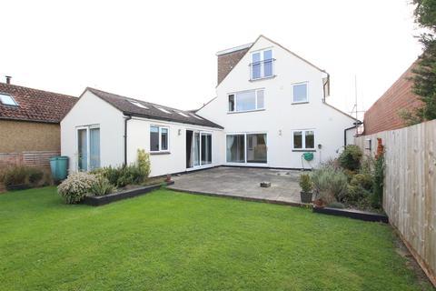 4 bedroom house to rent - Hardingstone Lane, Hardingstone, Northampton