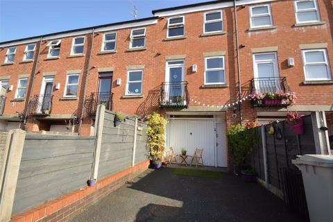 3 bedroom townhouse for sale - Rodney Street, Macclesfield
