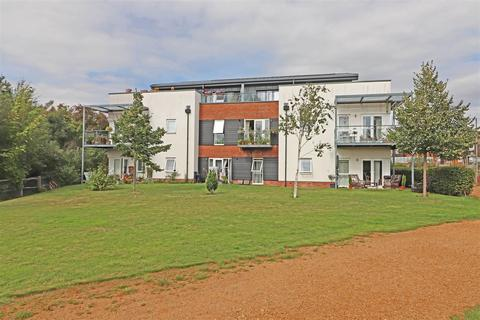 2 bedroom flat for sale - 9 The Kilns, Redhill