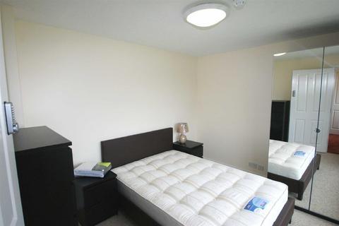 House share to rent - Barley Croft, Leverstock Green, Hemel Hempstead