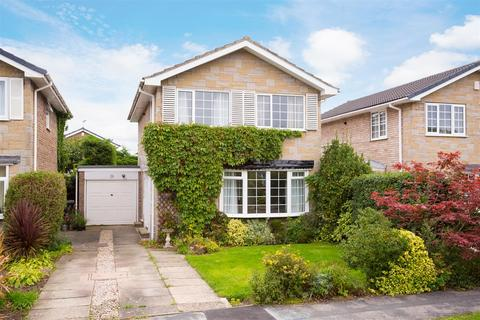 4 bedroom detached house for sale - Sandringham Close, Haxby, York