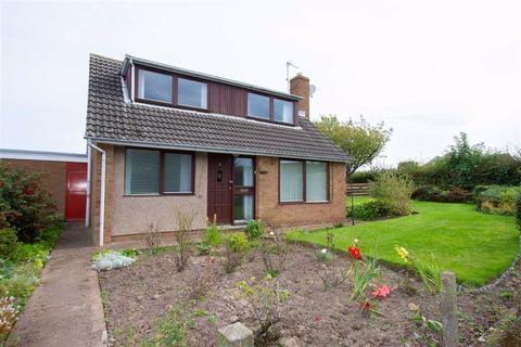 3 bedroom detached house for sale - Ivinson Road, Tweedmouth, Berwick-upon-Tweed, TD15