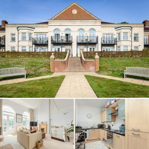 2 bedroom flat for sale - Chatsworth Park, Holly Lane East, Banstead, Surrey