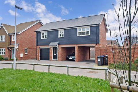 2 bedroom coach house - Gladiolus Grove, Worthing, West Sussex