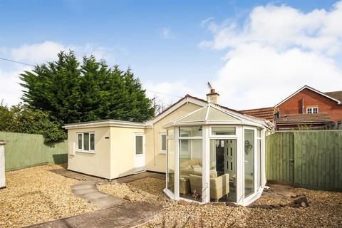 2 bedroom detached bungalow for sale - Ewloe Place, Buckley