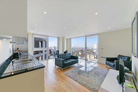 1 bedroom apartment to rent - Cobalt Point, Lantern's Court, Canary Wharf E14