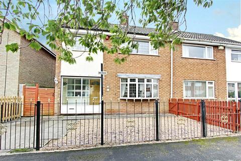 3 bedroom semi-detached house for sale - Travis Road, Cottingham, HU16