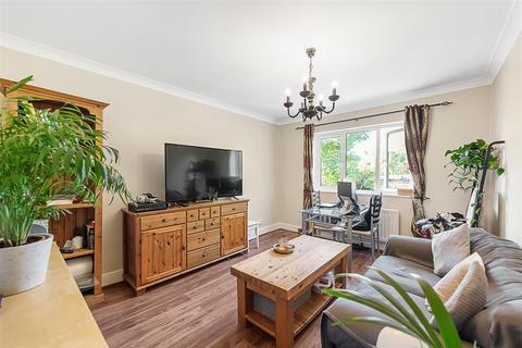 1 bedroom flat to rent - Culverden Road, SW12
