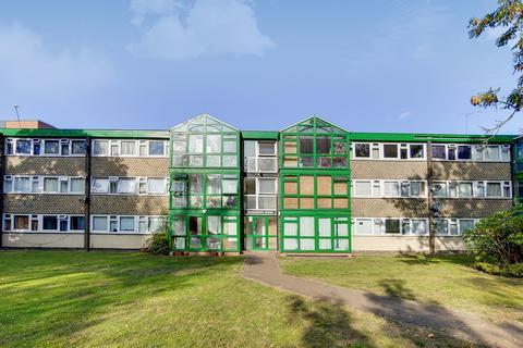 3 bedroom flat for sale - Pendlebury House, SE18