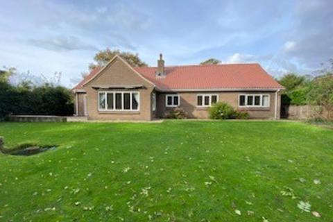 3 bedroom bungalow to rent - Church Street, Barrowby, Grantham, NG32 1BX