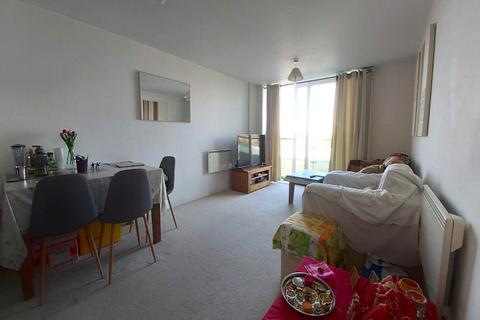 1 bedroom flat to rent - Camellia House, Tilley Road, Feltham, Greater London, TW13