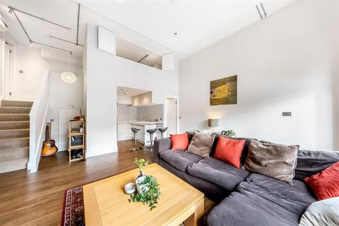 2 bedroom flat to rent - Gwynne Road, SW11
