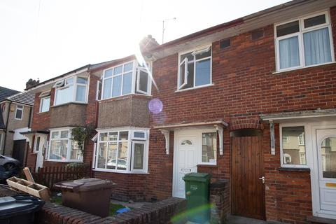3 bedroom terraced house to rent - st Mildreds  LU3
