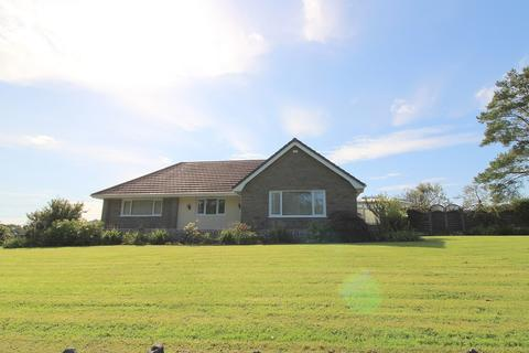 4 bedroom bungalow for sale - Neath Road, Fforest Goch, Pontardawe, Swansea, City And County of Swansea. SA8 3JB