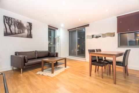 2 bedroom flat to rent - Echo Central Two, Cross Green Street, Leeds, LS9