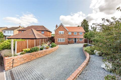 4 bedroom detached house for sale - Pertwee Drive, Chelmsford, CM2