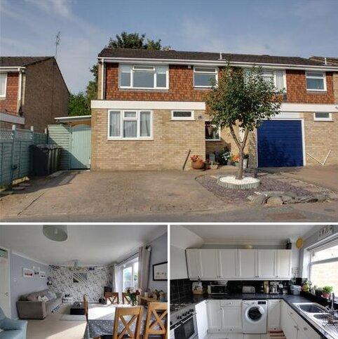3 bedroom semi-detached house for sale - Foreman Park, Ash, Aldershot, Surrey, GU12