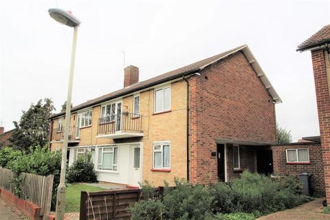 2 bedroom maisonette for sale - Winchester Road, Hanworth