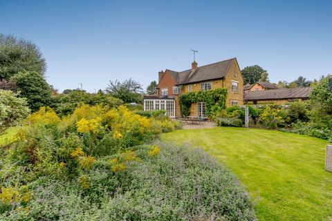 3 bedroom semi-detached house for sale - Round Close Road, Adderbury, Banbury, Oxfordshire