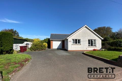 2 bedroom detached bungalow for sale - Main Road, Waterston, Milford Haven, Pembrokeshire. SA73 1DP