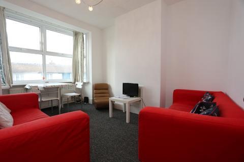 3 bedroom terraced house to rent - Ewhurst Road, Brighton