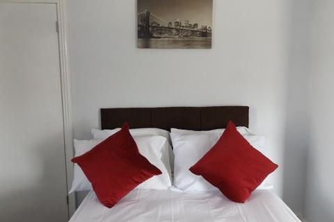 1 bedroom house share to rent - Room 2 Minster Street, Stoke-on-Trent, Staffordshire, ST6 1EN