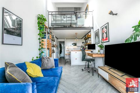 1 bedroom penthouse for sale - Bow Quarter, 60 Fairfield Road, London, E3