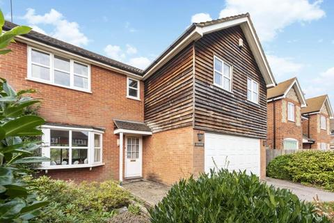 4 bedroom detached house for sale - Manor Road, Seer Green, Beaconsfield, HP9