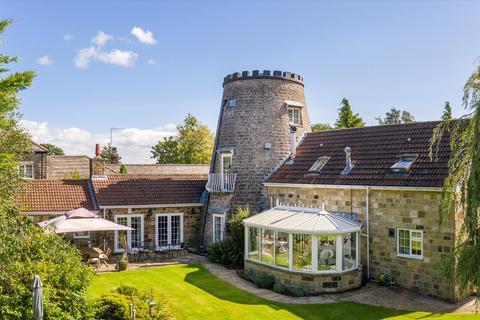 5 bedroom detached house for sale - Pannal Road, Follifoot, Harrogate, North Yorkshire, HG3