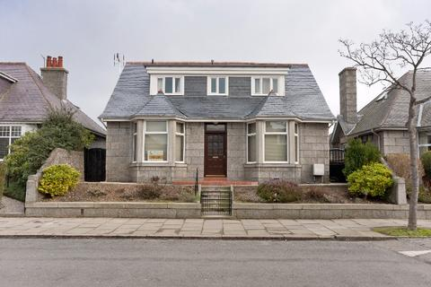 4 bedroom detached house - Forbesfield Road, West End, Aberdeen, AB15 4PA