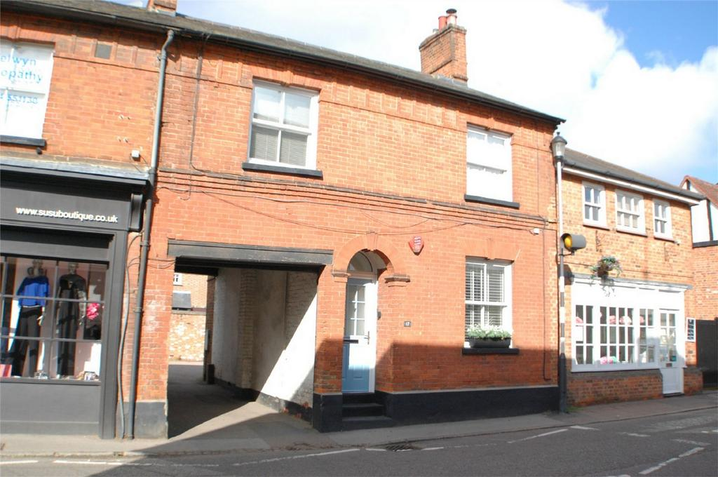 3 Bedrooms House for sale in High Street, Welwyn, Herts