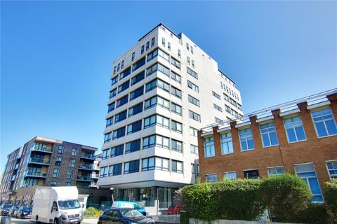 2 bedroom apartment for sale - Skyline Apartments, 1 The Causeway, Worthing, West Sussex, BN12