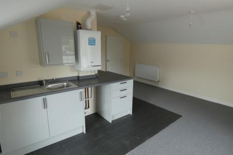 1 bedroom flat to rent - Flat 3, 13 Market Street, Bridgend County Borough, CF31 1LL