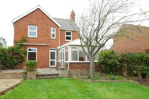 3 bedroom detached house for sale - Kensington Gardens, Howden