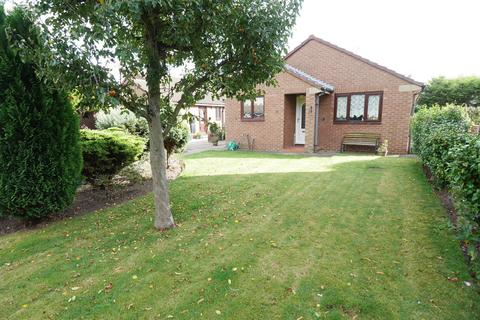2 bedroom detached bungalow for sale - Hailgate Close Howden