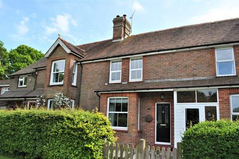 Meadow View, ROTHERFIELD. 2 bedroom terraced house to rent