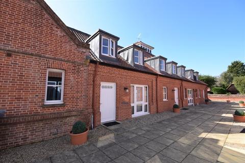2 bedroom property to rent - The Street, Great Saling, Braintree