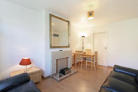 1 bedroom apartment to rent - Eversleigh Road, London